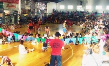 La Colonia de Verano 2015/16 del Club Ciudad de Campana cuenta con más de 870 colonos