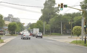 Habilitan el giro a la izquierda en la intersección de boulevard Dellepiane y Ameghino