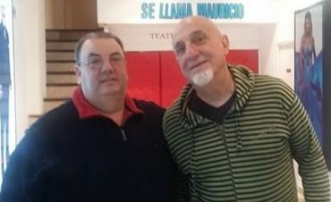 "Juan Acosta integra la obra ""Mi mujer se llama Mauricio"""