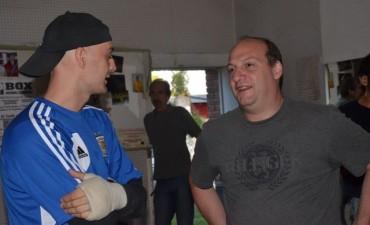 Sergio Roses visitó la escuela de boxeo del Principito Witt