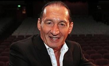 Aldo Funes presenta Plaza Suite en el Teatro Santa Fe