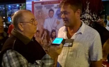 Roberto Peña encabeza el espectáculo La revista está en el Victoria