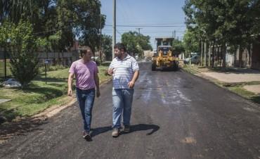 Villanueva: vecinos le agradecieron al Intendente las mejoras en la calle Beruti
