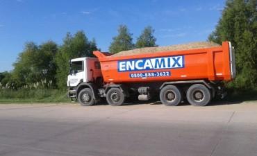 En un importante operativo, el Municipio multó y demoró a un camión por exceso de peso