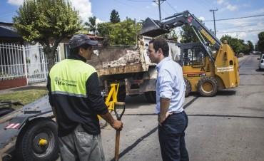 El Municipio suma equipamiento para el retiro de montículos en el casco urbano
