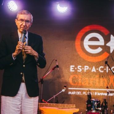 Nelson Castro brindò una charla en Espacio Clarìn Mar del Plata