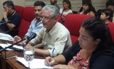"""""""Abella y Cantlon negociaron políticamente con el alerta laboral"""""""