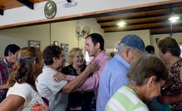 """Abella visitó el Centro de Jubilados """"Ilusión de la Tercera Edad"""""""