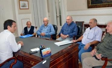 Abella recibió a autoridades del Centro de Jubilados de la calle Moreno