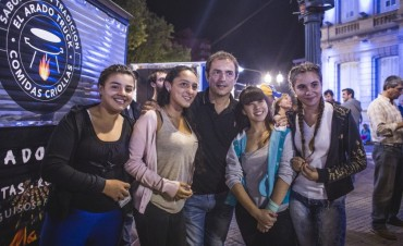 """""""La familia fue la gran protagonista"""", aseguró Abella sobre el festival Verano en Campana"""