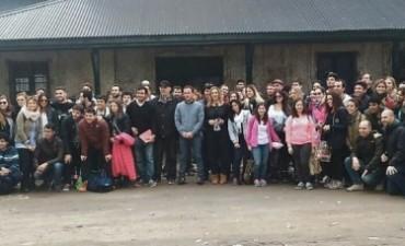 Campana recibió la visita de más de 100 estudiantes universitarios de Arquitectura