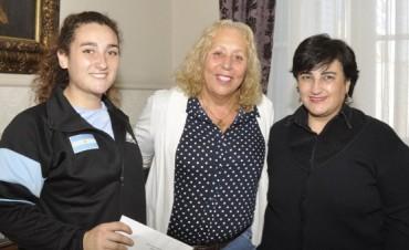 La Intendente Giroldi sigue acompañando a los deportistas locales
