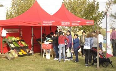 La Feria de los Productores Locales se presenta hoy en la Plaza del Barrio Del Pino