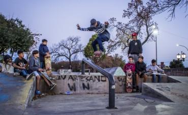 La Escuela Municipal de Deportes suma clases gratuitas de skate