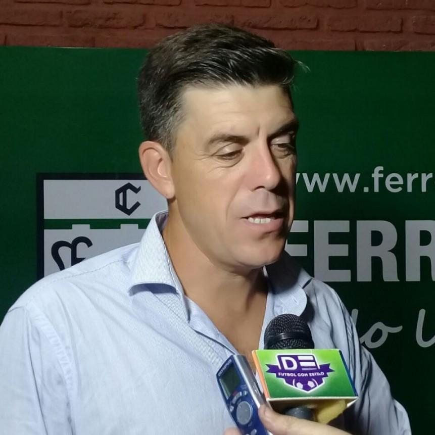 Felipe De La Riva seguirìa siendo el DT de Villa Dàlmine para el pròximo torneo