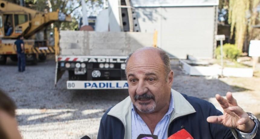 Cazador destacó las gestiones de Abella para emplazar un avión de Malvinas en Campana