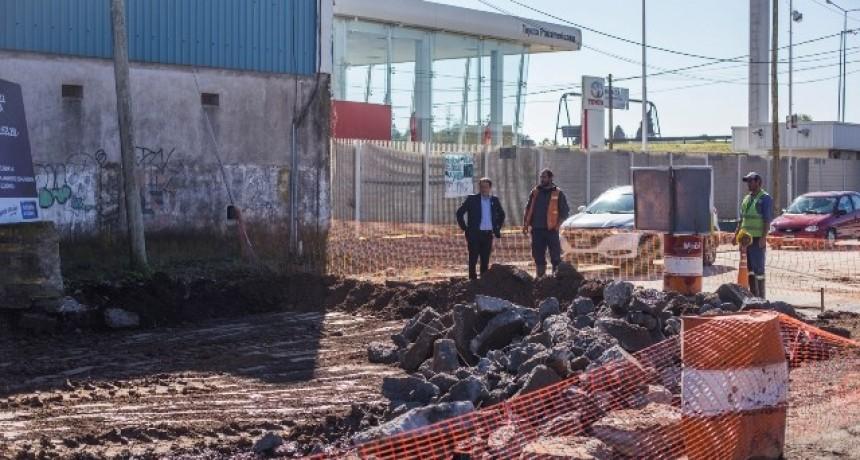 Entró en su etapa final la repavimentación de la calle Antártida Argentina, un pedido histórico de los vecinos