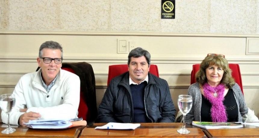 Los concejales de la UV Más Campana brindaron detalles sobre el rechazo de la Rendición de Cuentas