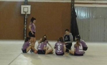 Handball Las juveniles femeninas de Campana Boat Club ganaron y siguen punteras en el torneo