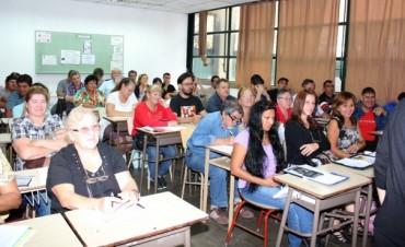 """Se realizaron las Charlas sobre """"Monotributo Social"""" para Personal Municipal y para Microemprendedores"""