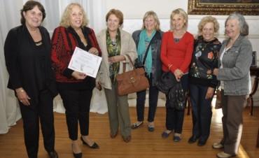 Giroldi recibió la visita de la Asociación de Docentes Jubiladas