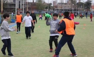 Continúa el Intercolegial de Handball en el Boat Club