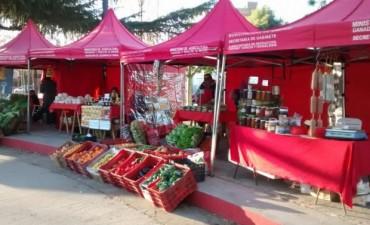 """Informan el cronograma de la Feria de Productores y el """"Mercado en tu barrio"""""""