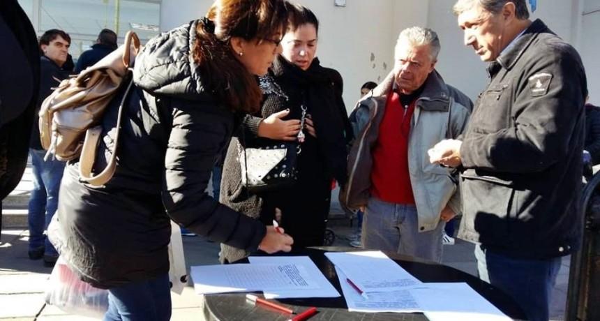 Concejales P.J-U.C: No hay un plan para contener a los vecinos ante la crisis