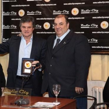 RADIO CITY CAMPANA FM 91.7 Mhz RECIBIÒ LA FELICITACIÒN DE ESPN-RADIO RIVADAVIA