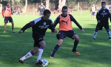 Villa Dálmine fue derrotado por Independiente en su segundo amistoso de pretemporada