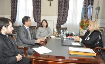 La Intendente Stella Giroldi recibió al nuevo Gerente del Banco Provincia, Pablo Rodríguez