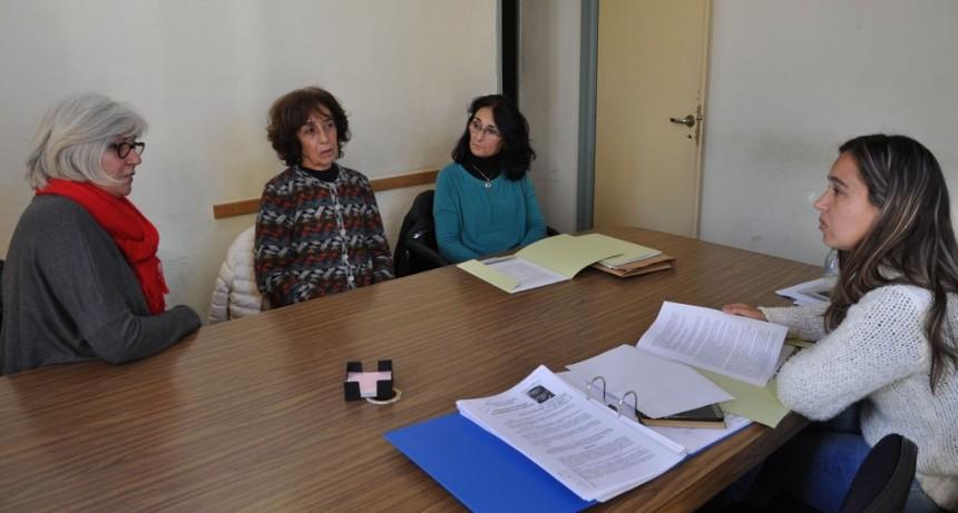 """La concejal Cazenave se reunió con representantes de """"Vecinos del Humedal"""""""