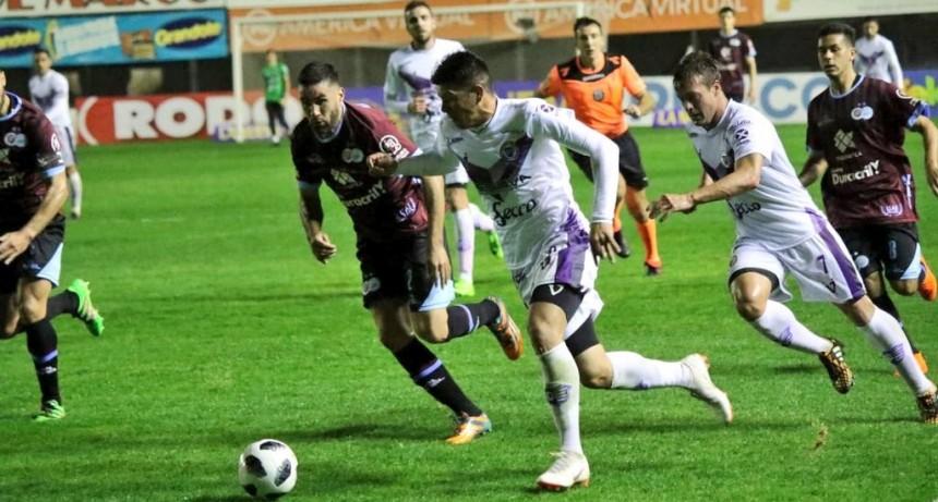 Villa Dálmine venció por penales a la UAI Urquiza y avanzó de ronda en la Copa Argentina