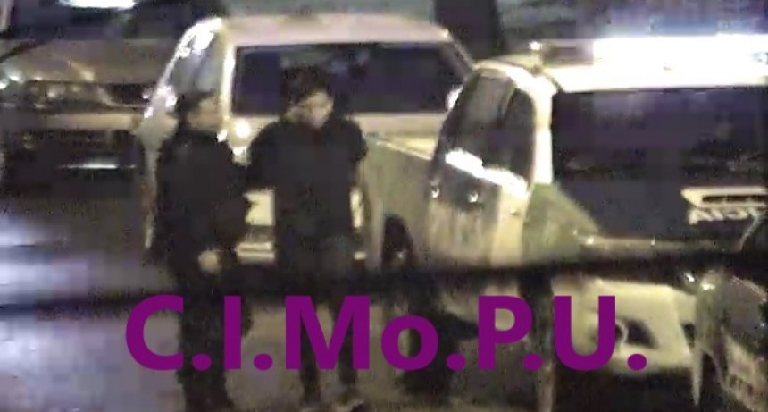 Detienen a dos menores que no pudieron acreditar la propiedad de una moto