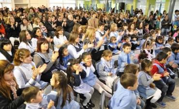"""""""Un Sueño de Muchos, un Logro de Todos"""": El Jardín de Infantes N° 901 inauguró su Nuevo Edificio"""