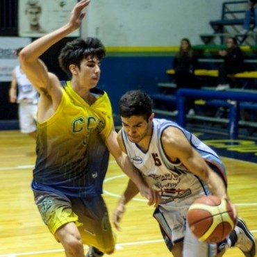 CIUDAD DE CAMPANA ganò en Pilar y define el play off como local
