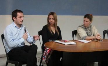 Con 120 participantes, comenzó el taller sobre Diseño de Indumentaria