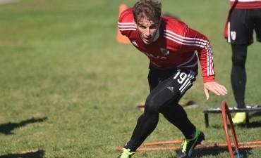 El plantel de River Plate trabajó en Ezeiza pensando en la Recopa