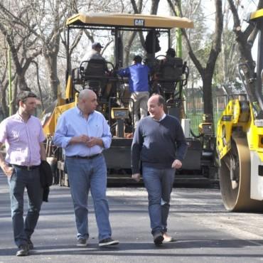 Roses recorrió las obras de pavimentación junto al Diputado Nèstor Torres