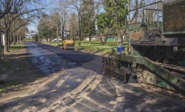 Continúa la obra de pavimentación de las calles por donde circula el transporte público