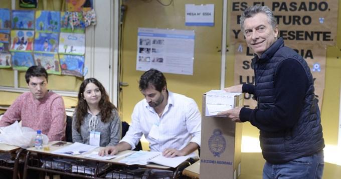 Macri violó la veda: pidió que se vote