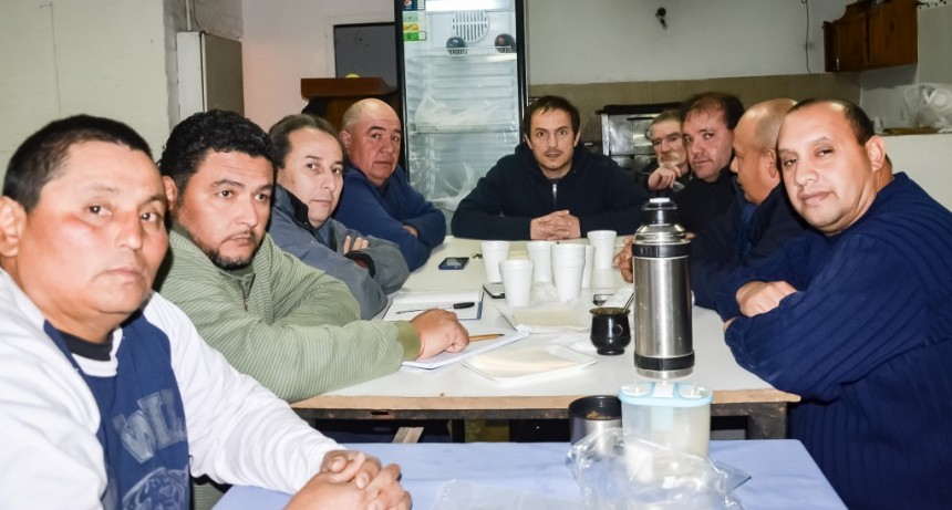 Abella se reunió con la nueva Comisión Directiva del Club Puerto Nuevo
