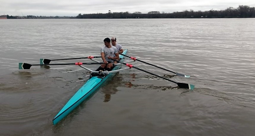 La Escuela de Remo del Campana Boat Club demostró excelentes performances