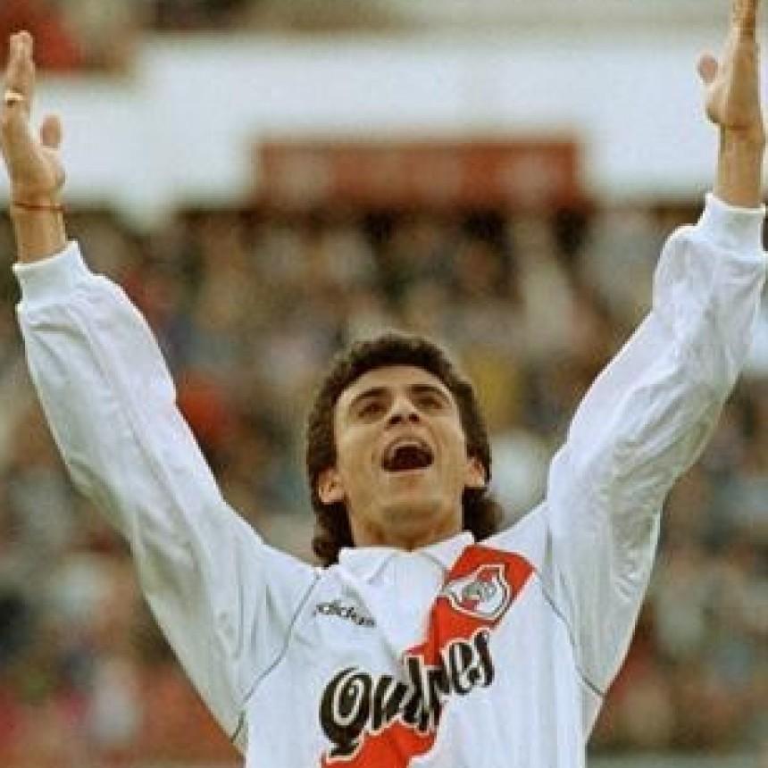 Roberto Monserrat en la previa de River Plate vs Belgrano de Córdoba