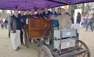 El primer automóvil argentino se trasladó a Los Cardales
