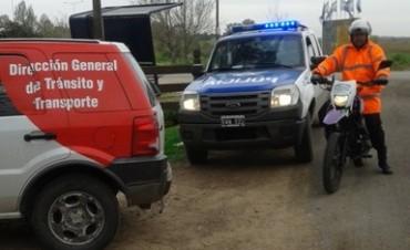 Personal de tránsito refuerza la seguridad vial en la ruta 4