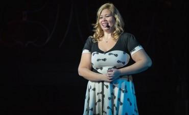 Laura Arce vuelve a Campana con su espectàculo de Stand Up