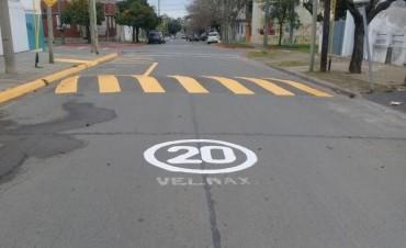 Seguridad Vial: el Municipio continúa concretando trabajos de señalización en vía pública