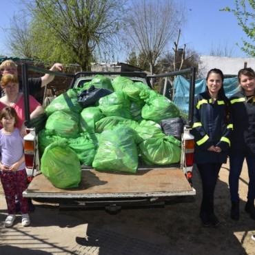 Se entregó el donativo de alimentos reunido en la 10K Tenaris