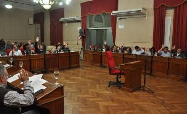 El HCD aprobó el convenio que permitirá que se asfalten los barrios Federales
